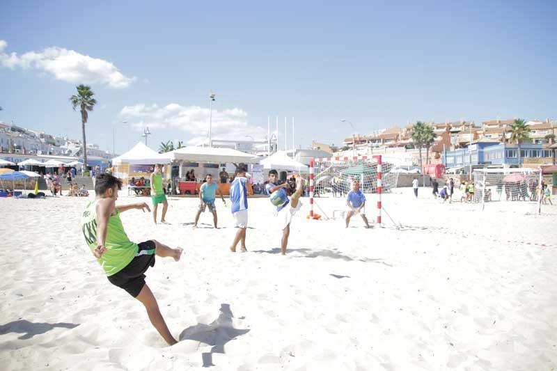 El Maratón de Fútbol Playa  congregó a 28 equipos y más de 500 personas