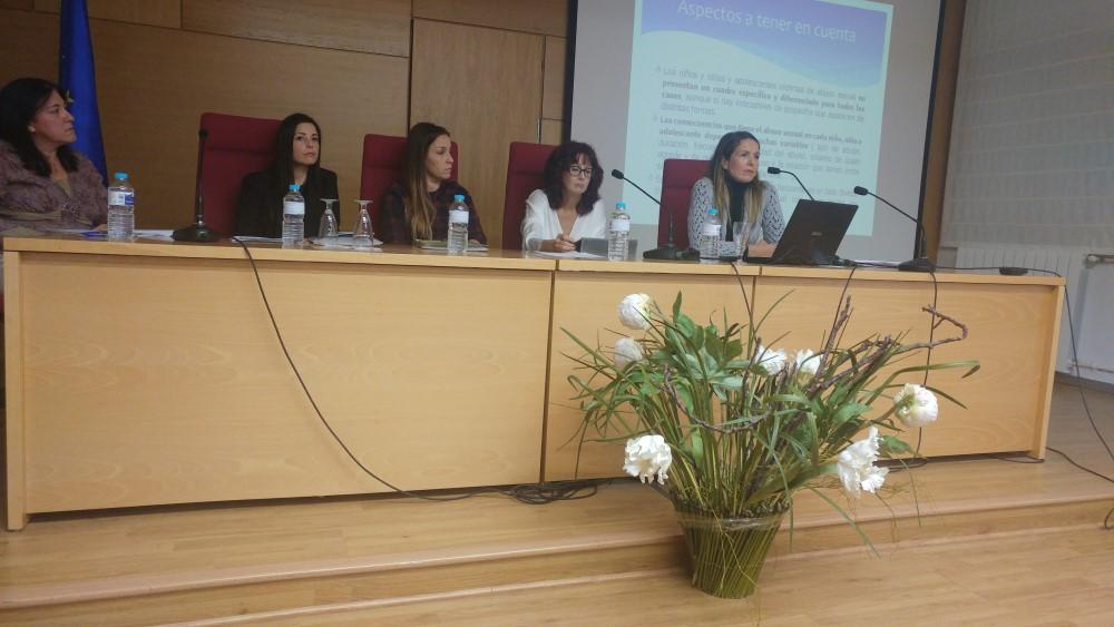 Estudiantes y profesores de Jaén se forman en la prevención de la violencia sexual infantil en el deporte