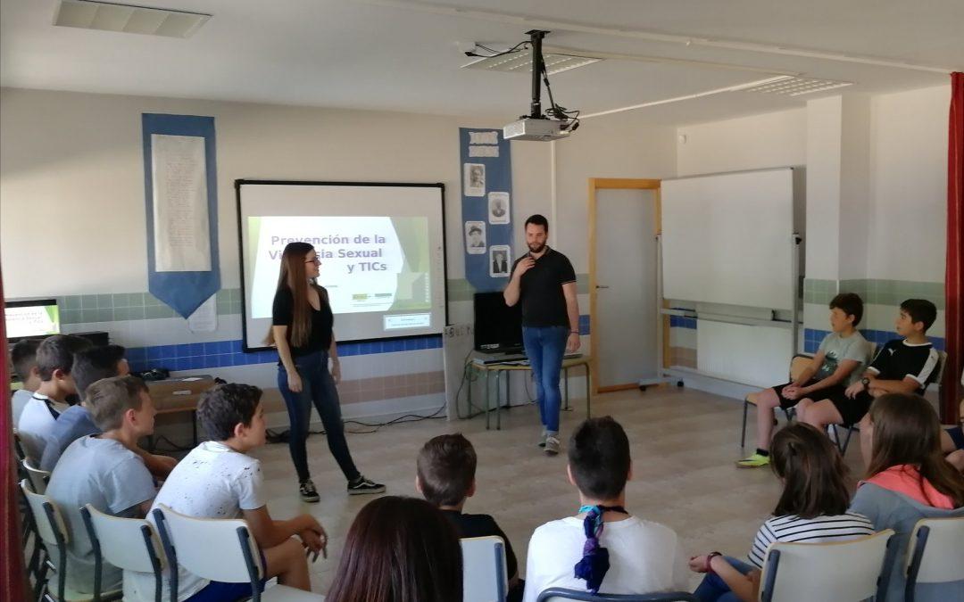 Alumnos del colegio de Serradilla reciben un taller de educación afectivo-sexual