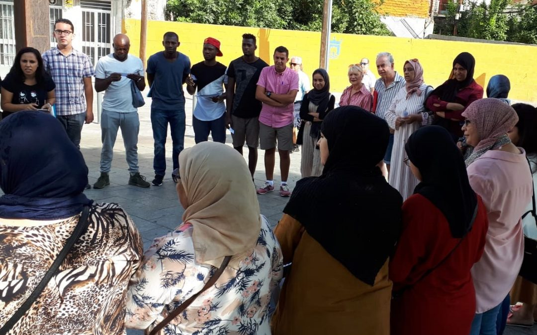 Márgenes y Vínculos vuelve con su Círculo de lectura al barrio de La Caridad de Algeciras