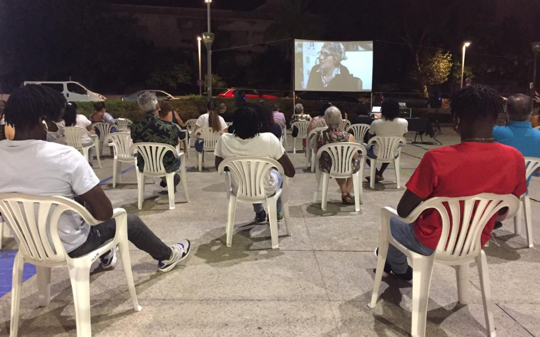 La Fundación Márgenes y Vínculos estrenó ayer el documental ELLAS CUENTAN