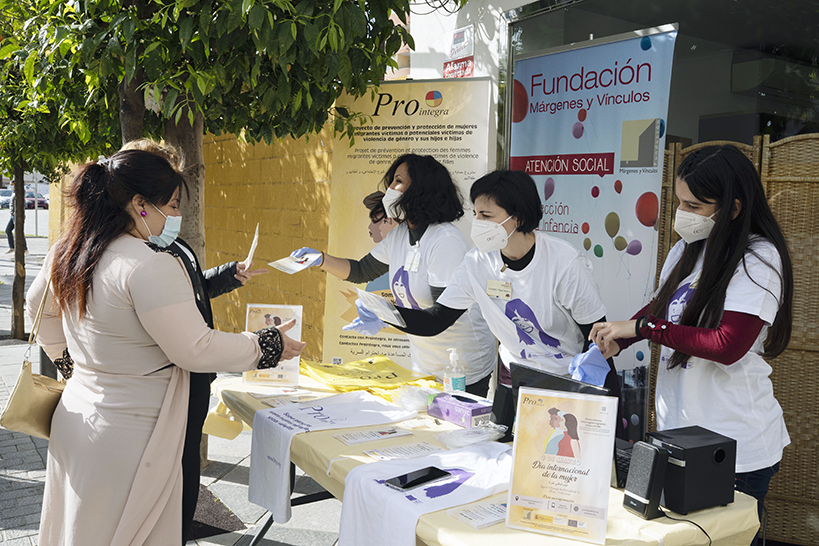 Márgenes y Vínculos conmemora el Día Internacional de la Mujer junto a otras asociaciones de Algeciras